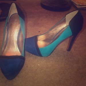 BCBG Platform Pumps